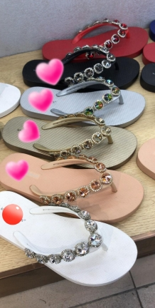 slippers met ronde diamantjes goud