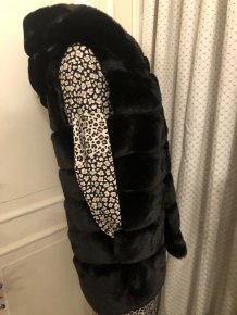 Body warmer faux fur met kap